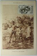 Madagascar Famille D'Indigènes - Madagaskar