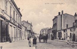 BERG-  BLAYE  EN GIRONDE  COURS DE LA REPUBLIQUE    CPA  CIRCULEE - Blaye
