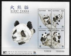 GUYANE  BF 232 * *  ( Cote 7e )  Ours Panda Geant - Ours