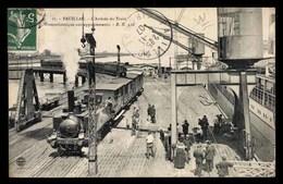 FRANCE, Pauillac, Arrivee Du Train, Transatlatiques Aux Appontements, Animé (33) - Pauillac