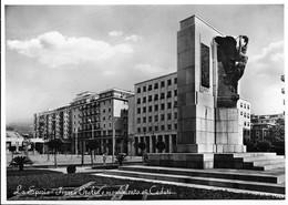 La Spezia - Piazza Italia E Monumento Ai Caduti. - La Spezia