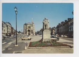 Le Neubourg : église, Place, Statue Dupont De L'Eure (cp Vierge) Vieilles Voitures - Le Neubourg