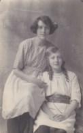 AL11 RPPC - Two Girls - Photographs