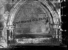 23- BENEVENT L' ABBAYE-LE TOMBEAU D' UMBERT FONDATEUR DE L' ABBAYE SCULPTE EN RELIEF - RARE PHOTO ORIGINALE - Places