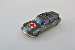 Husky Citroën Safari Military Ambulance - Original Vintage, Issued 1960-61 - Voitures, Camions, Bus