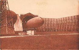 Rochefort - Base Des Dirigeables - Un Dirigeable Sortant Du Hangar - Edition Bergevin - Carte Sépia N° 4094 - Dirigibili