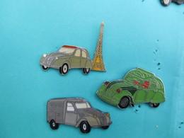 Lot De 3 Pins 2 Cv Citroen , Dont La Commerciale Avec Inscription POSTES - Citroën