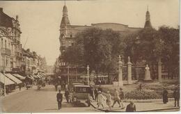 Ostende.   - La Place Marie-José Et La Rue Adolphe Buyl. - Oostende