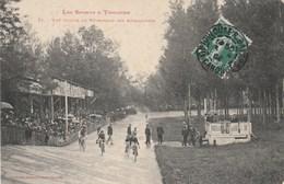 CPA (31) Les Sports à  TOULOUSE Une Course Au Vélodrome Des Amidonniers Vélo Bicyclette Cycling Radsport (2 Scans) - Toulouse