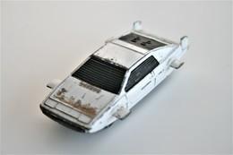 Corgi Junior Lotus Esprit, 007, Scale : 1/64 - Vintage - Matchbox