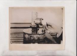FERTILE HOLE FOR EGGS   21*16CM Fonds Victor FORBIN 1864-1947 - Profesiones