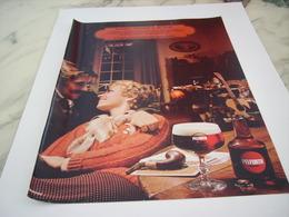 ANCIENNE PUBLICITE UN PLAISIR UN PEU SECRET BIERE PELFORTH  1977 - Alcools