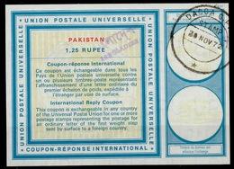 BANGLADESH / PAKISTAN Vi20 1,25 RUPEEInternational Reply Coupon Reponse IRC Antwortschein Overprinted O DACCA 20.11.72 - Bangladesch