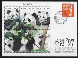 NEVIS   Feuillet N° 995/00 * *  ( Cote 12e ) Ours Panda Geant - Ours