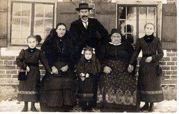 Gruppenfoto Familiefoto Familie - Leider Unbekannt - Fotografie