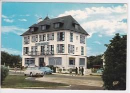 14 FRANCEVILLE Chez Marion Hôtel Restaurant , Voiture Année 1960 Simca 1000 ,Citroen DS - Other Municipalities