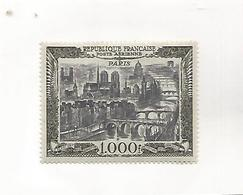 France     N°  29  Poste Aérienne   PARIS  1000 F    Neuf Avc Charniére - Unused Stamps