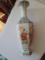Egg-Shell Porcelain - Very Light And High Quality Japan Vase - Céramiques