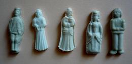 LOT DE 5 FEVES ANCIENNES CERAMIQUE  - MOYET PERRIN - Olds