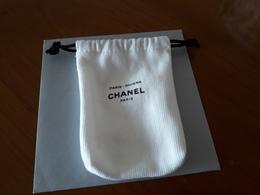 CHANEL    Petit Pochon Pour Paris-Riviéra - Cartes Parfumées