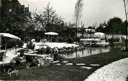 - Loire Atlantique -ref-C25- Derval - Hotel Provost - Son Jardin - Hotels - Edition Gaby - N° 2 - - Derval