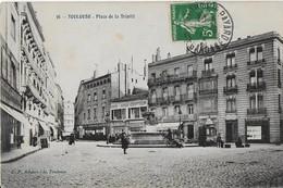 TOULOUSE  :Place De La Trinité -- Le Cireur De Chaussures(1912) - Toulouse