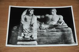 11388-  FIRENZE, MUSEO ARCHEOLOGICO, URNA DI ALABASTRO............. - Firenze