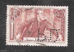 Perforé/perfin/lochung France No 318 S.A. Des Pneumatiques Dunlop (56) - Frankreich