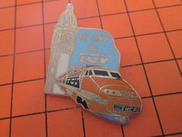 917 PIN'S PINS / Rare Et De Belle Qualité ! / Thème : TGV / LILLE 10 ANS DE TGV Par BALLARD Doré à L'or Fin - Food