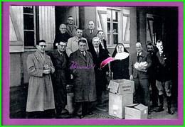 61 Orne ARGENTAN Reproduction Photo Papier - Distribution Du Secours National Deverre Couinaud Denis Fresny Pichon Abbé - Reproductions