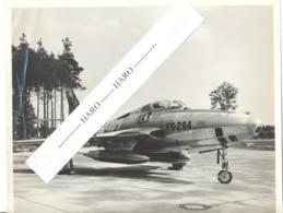 USAF - (Photo N° 3 : +/- 18 X 24 Cm ) D'un Avion Republic F - 84F  De L'armée Américaine - 1950...60..(b258) - Aviation