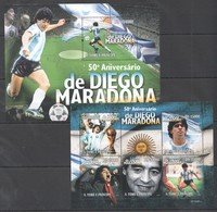 BC824 2010 S.TOME E PRINCIPE SPORT FOOTBALL LEGEND DIEGO MARADONNA 1KB+1BL MNH - Soccer