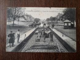 L23/240 CHALON SUR SAONE - Canal Du Centre - Eclusage D'un Bâteau - Chalon Sur Saone