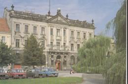 AO12 Szczecin, Plac Orla Bialego, Palac Pod Globusem - Vintage Cars - Poland
