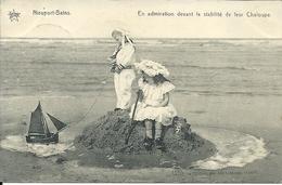 NIEUPORT-BAINS - En Admiration Devant La Stabilité De Leur Chaloupe - Nieuwpoort
