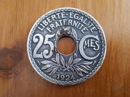 Médaille En Fer:  Liberté, égalité, Fraternité 25 Centimes 1924  & - Autres