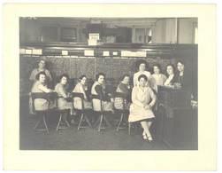 """Grande Photo Personnel Central Téléphonique """" Secours Police """", Femmes Au Travail, Téléphone - Professions"""