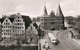 LUBECK-HOLSTENTOR UND SALZSPEICHER- VIAGGIATA 1956 -REAL PHOTO - Luebeck