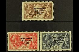 1935 SEAHORSES Re-engraved Set, SG 99/101, Fresh Mint, The 2s6d With A Rounded Corner Perf., Otherwise Fine. (3) For Mor - Ireland