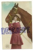 Photographie. Jeune Femme Et Cheval Léo 357 - Femmes