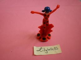Kinder Surprise Figurine Personnage Marinette Dupain-Cheng - MIRACULOUS - Ü-Ei