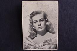 Sp-Actrice / Anita Ekberg, Née Le 29 Septembre 1931 à Malmö En Suède  Morte Le 11 Janvier 2015 En Italie / Ph-13x18 Cm - Artistes