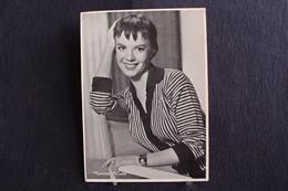 Sp-Actrice / Natalie Wood  Est Une Actrice Américaine En 1938 à San Francisco (Californie)  Morte En 1981/ Ph-13x18 Cm - Artistes