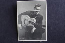 Sp-Actrice / Elvis Aaron Presley  Est Un Chanteur Et Acteur Américain Né En 1935 Mort En 1977 à Memphis, / Ph-13x18 Cm - Artistes