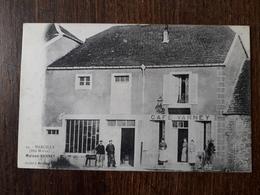 L23/254 RARE . MARCILLY - Maison Varney - Café Varney - Autres Communes