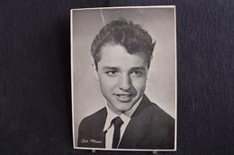 Sp-Actrice /Sal Mineo,est Un Acteur Américain Né Le 10 Janvier 1939 à New York Mort En 1976 à West Hollywood/ph-13x18 Cm - Artistes