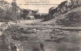Saint Gilles Vieux Marché       22       Vallée Du Poulancre . Vaches  5      (voir Scan) - Saint-Gilles-Vieux-Marché