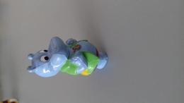 FIGURINE FERRERO HIPPOPOTAME 92 VESTE VERTE - Figurines