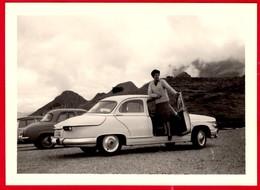 -- AUTOMOBILE PANHARD AU COL D'AUBISQUE - Photo Amateur -- - Automobiles