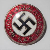 Mitgliedsabzeichen N.S.-D.A.P - Abzeichen & Ordensbänder